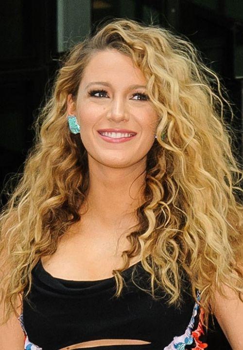 curl Hair Styles