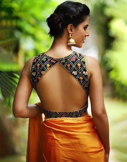 Backless-Blouse-Designs-For-sarees
