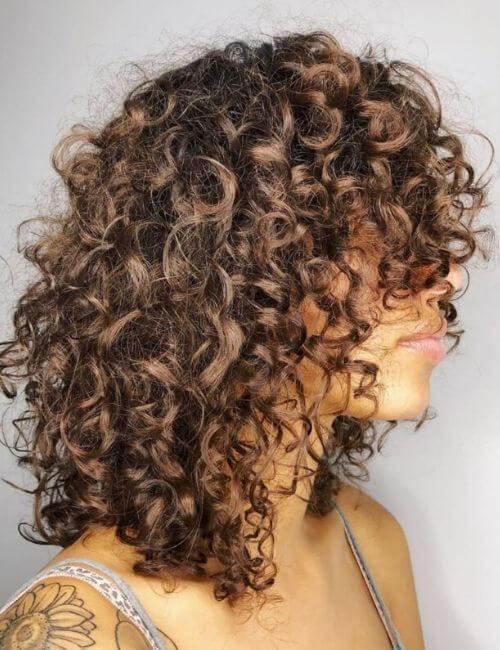 Medium Layered Curly Hairstyle