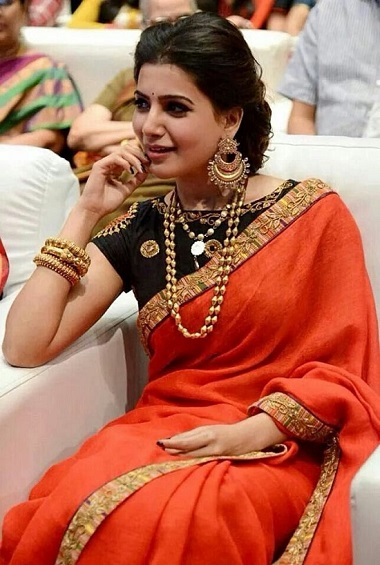 Samantha in Red Pain Saree