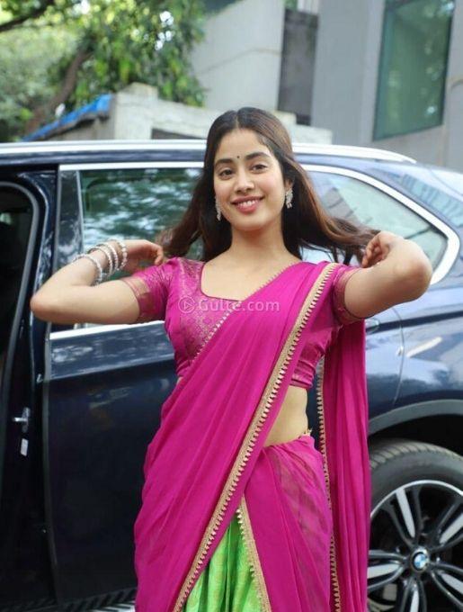 Jahanavi in pink half saree