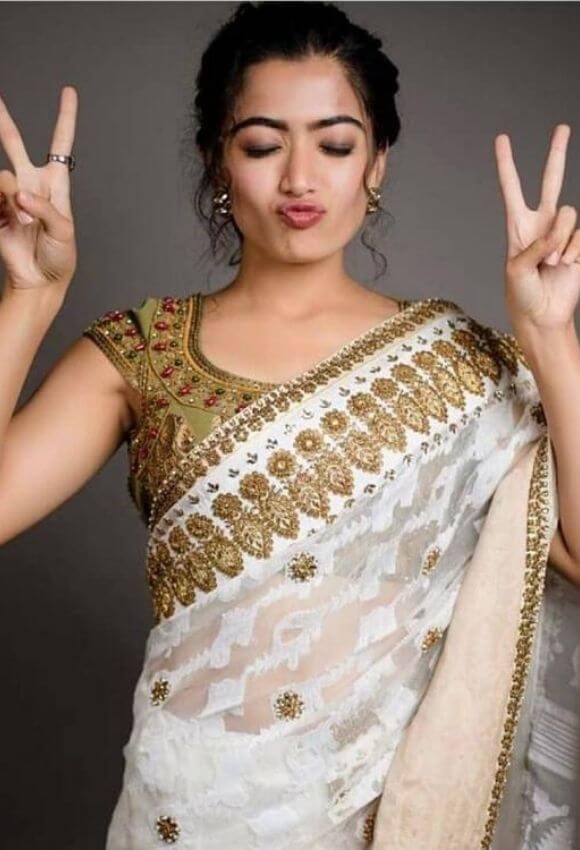 Rashmika in Kissing Expressions in saree