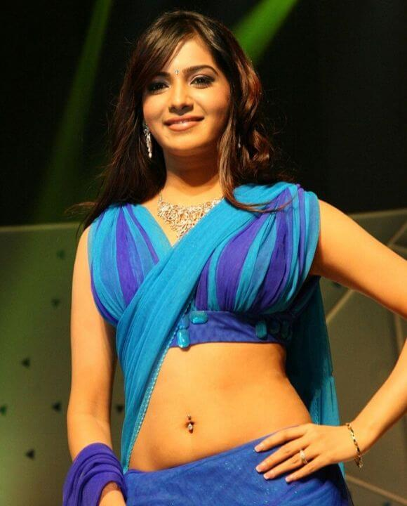 Samantha in saree with navel show