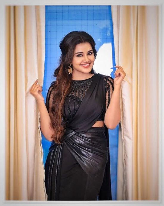 anupama parameswaran in Black saree