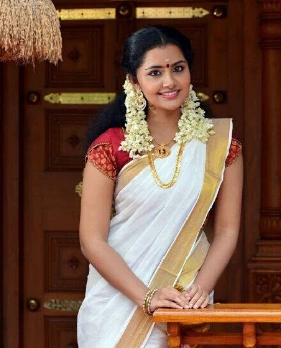 anupama parameswaran in white saree