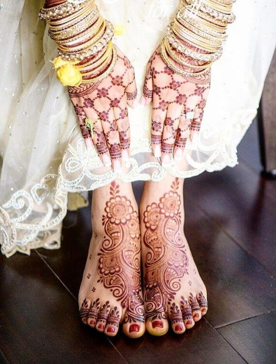 simple-mehndi-designs-for-feet-henna-for-all-the-traditional-pattern-in-half