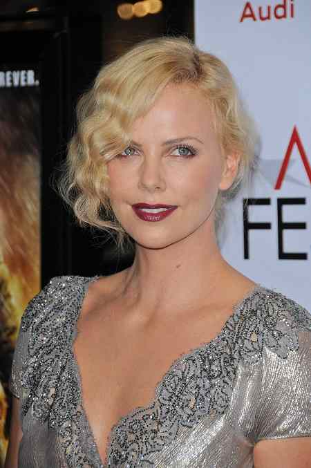 Charlize Theron Hairstyle Messy Finger Waves
