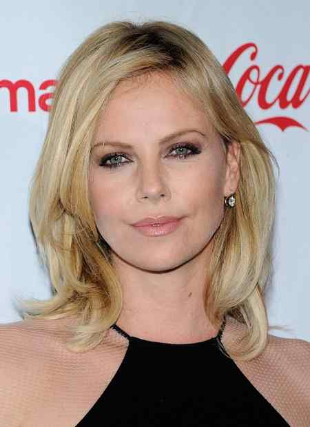 Charlize Theron Shoulder Lenght Bob Hairstyle
