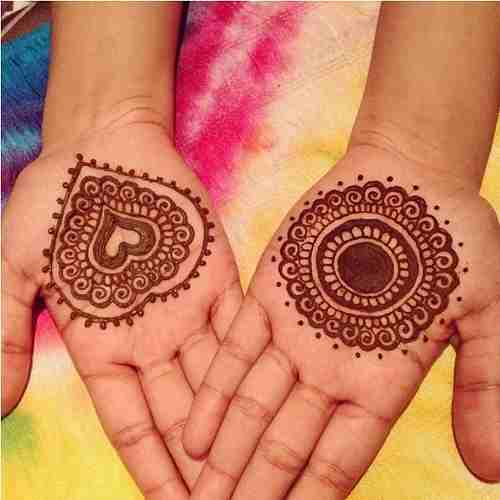 Circle and Heart shaped Mehndi