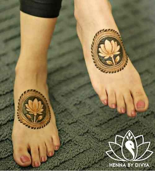 Lotus Circle Mehndi on Feet