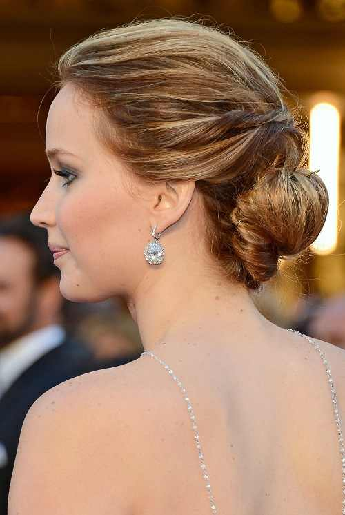 easy updo hairstyle