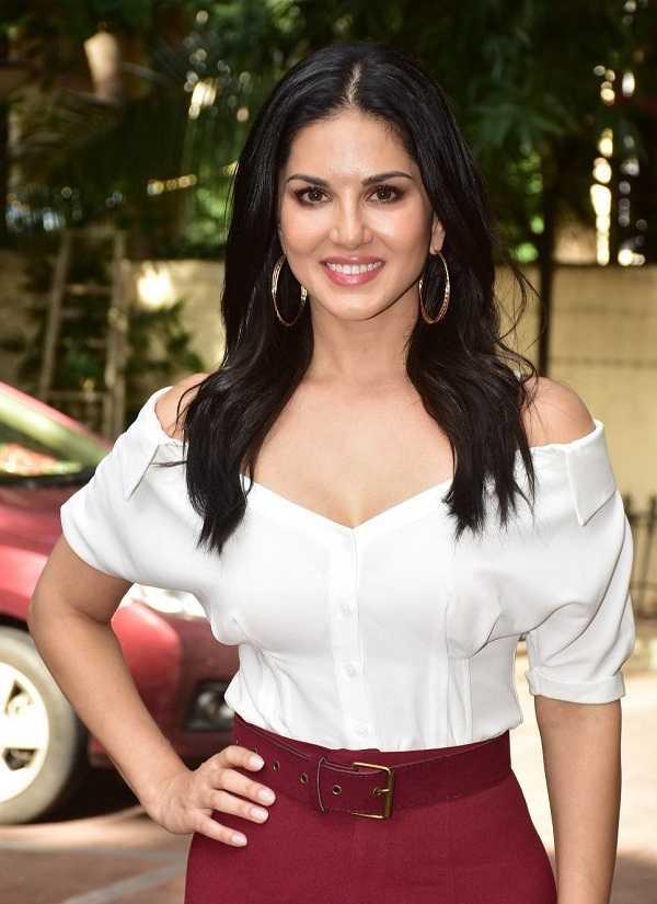 Bollywood Actress Sunny Leone