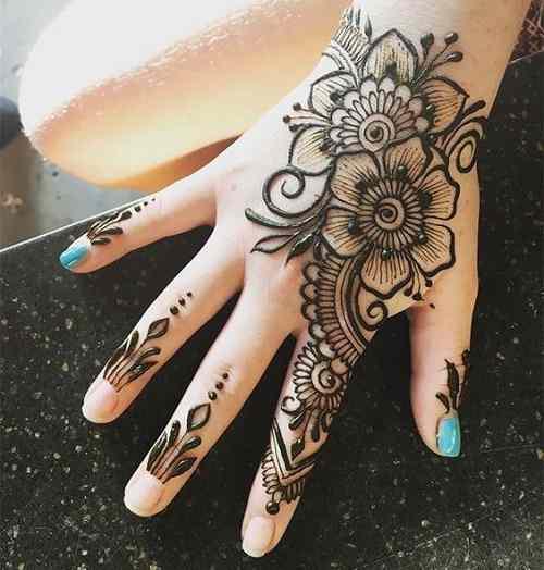 Floral Back Hand Mehndi