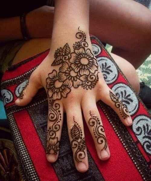 Haath Phool mehndi designs