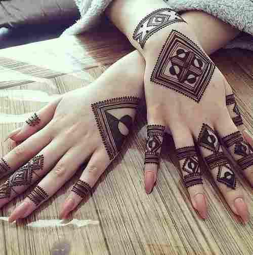 New Stylish Back Hand Mehndi Designs
